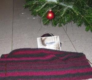 Maschenkunst unter dem Weihnachtsbaum - vielen Dank an Marion!