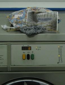 Maschenkunst im Waschsalon in Paris - vielen Dank an Marion